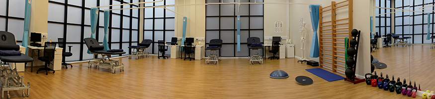 Panoramic of the physio clinic with equipment and beds